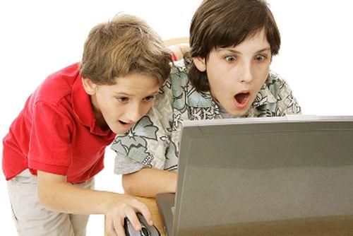 Англичане боятся, что порно из интернета окончательно испортит их детей