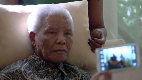 Нельсон Мандела борется с легочной инфекцией