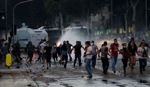Парк Гези – «место встречи» спецназа и турецкой оппозиции