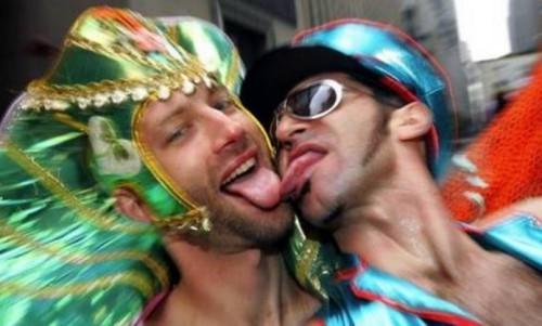Российская гомофобия против европейской гомомании