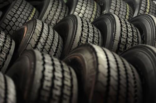 Российский рынок шин продолжает расти за счет импорта из Китая