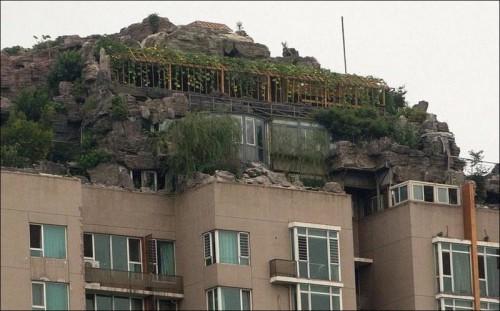 «Горный пентхаус» на крыше дома