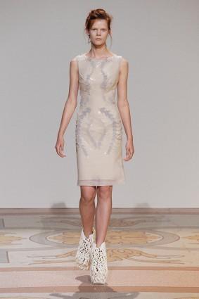 Коллекция платьев от Ирис ван Херпен и Джолана ван дер Виля 07