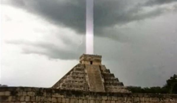9piramide-light