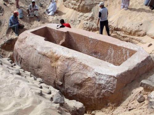 Роскопки в Египте
