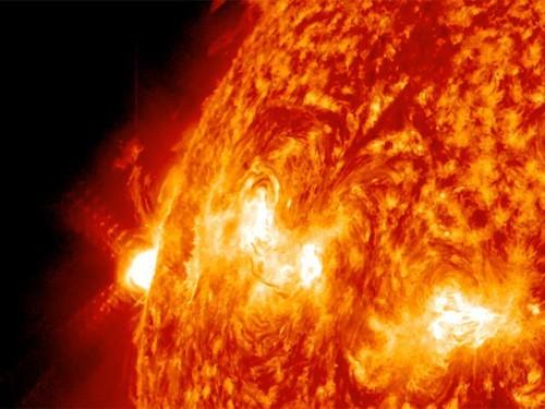 Одна из самых мощных вспышек на Солнце на этот раз предназначалась не землянам