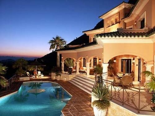 Недвижимость в Италии активно распродается 02