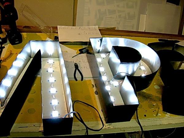 Объёмные светодиодные буквы своими руками