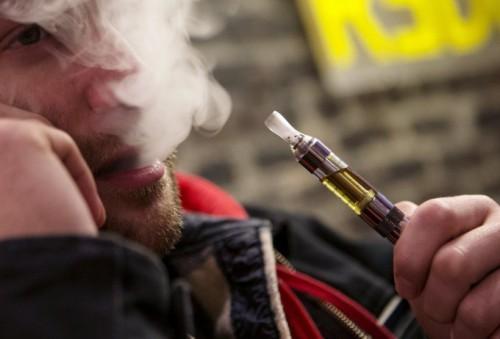 В США растут объемы продаж электронных сигарет