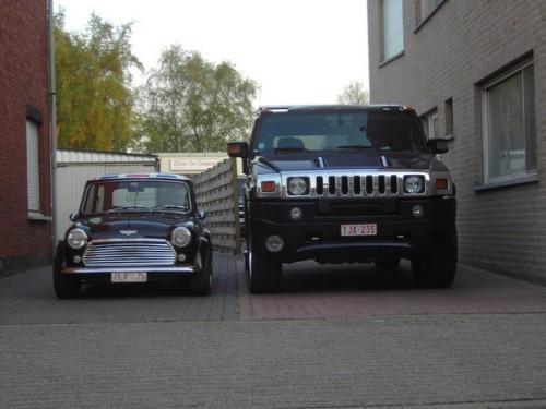 My_Mini_vs_Hummer_H2_2_by_Sen007