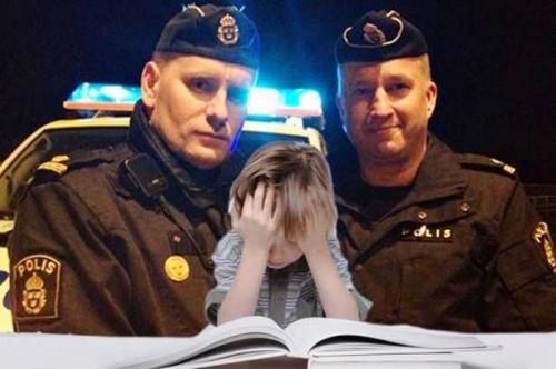 priexavshie-na-vyzov-policejskie-sdelali-za-shkolnika-domashnee-zadanie_46429_0