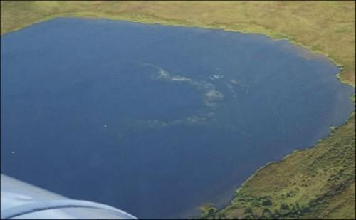 Озеро в воронке