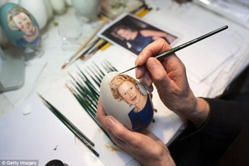 Tiety Entjes-Weij рисует очередной шедевр