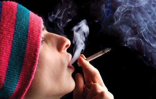 курильщик спайса