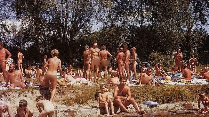 Пляжные фотографии нудистов