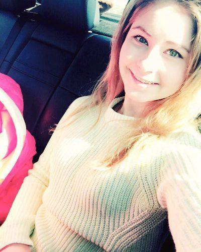 22_Л в свитере улыка