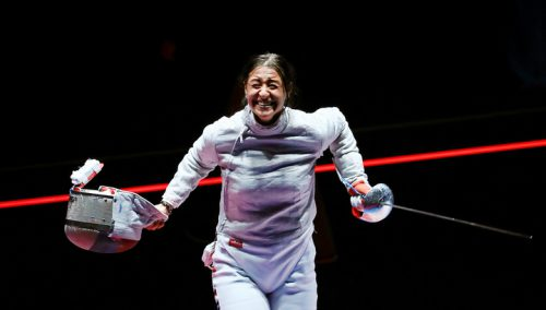 epa05465621 Yana Egorian of Russia celebrates after defeating Olga Kharlan of Ukraine in the women's Sabre individual semi finals of the Rio 2016 Olympic Games Fencing events at the Carioca Arena 3 in the Olympic Park in Rio de Janeiro, Brazil, 08 August 2016. EPA/JOSE MENDEZ