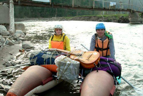 Т4 двое с гитарой