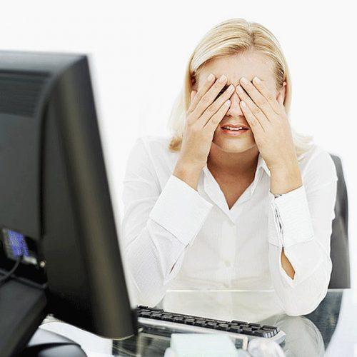 Почему от экранов и мониторов портится зрение