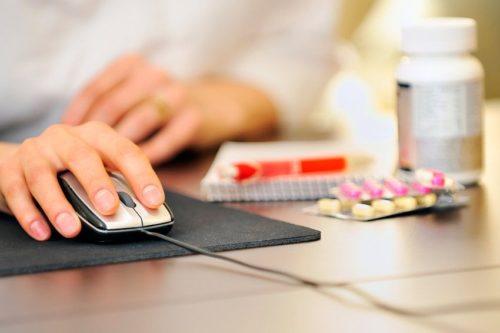 За незаконную продажу лекарств в интернете будут сажать на 12 лет