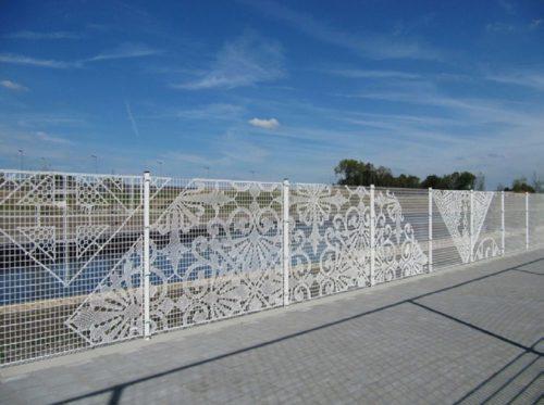 «Кружевной» металлический забор